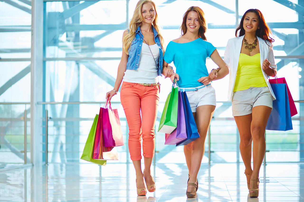 girls-shopping-bags