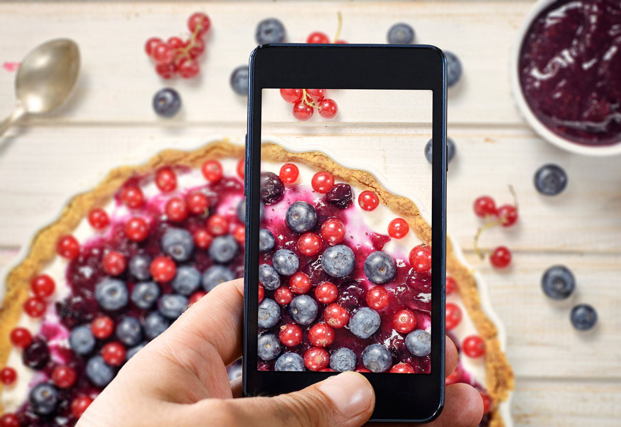 smartphone-camera-picture-food